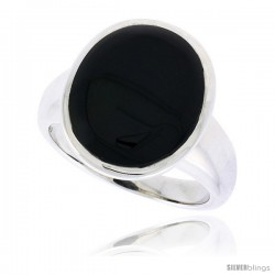 "Sterling Silver Ladies' Ring w/ an Oval-shaped Jet Stone, 3/4"" (19 mm) wide"