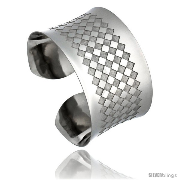 https://www.silverblings.com/1368-thickbox_default/stainless-steel-cuff-bangle-bracelet-laser-etched-checkerboard-pattern-1-1-2-in-wide-size-7-5-in.jpg