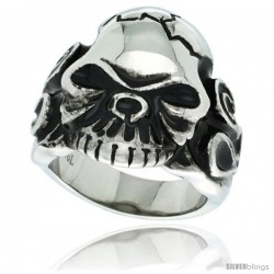 Surgical Steel Biker Ring Cracked Skull Flames on each side